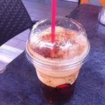 Photo taken at Γρηγόρης & Coffeeright by Maria 💛 E. on 7/8/2014