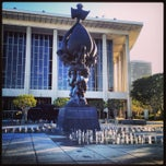 Photo taken at Dorothy Chandler Pavilion by Elise A. on 4/18/2013