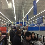 Photo taken at Walmart Supercenter by Leslie B. on 3/21/2013