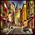 Photo taken at Galata Kulesi by Gurdal C. on 7/27/2013