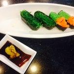 Photo taken at Mr.Sushi (มิสเตอร์ซูชิ) by Nadear k. on 7/26/2014