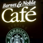 Photo taken at Barnes & Noble by Nathaniel G. on 11/21/2011