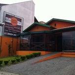Photo taken at Restaurante Troppo Buono by Lais P. on 11/21/2011