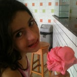 Photo taken at Sorveteria H²O by Karina F. on 3/25/2012