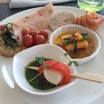Photo taken at Seasonal Tastes by Shailee M. on 5/25/2014