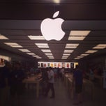 Photo taken at Apple Store, SouthPark by Corley H. on 7/7/2013