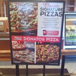 Photo taken at Donatos Pizza by Kathy W. on 4/28/2013