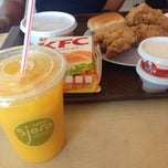 Photo taken at KFC by Saffuan Z. on 2/9/2015