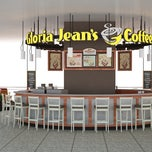 Photo taken at Gloria Jean's Coffees by Serkan on 3/19/2013