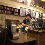 Photo taken at Starbucks by Gabriel S. on 2/13/2013
