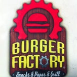 Photo taken at Burger Factory by Ruben G. on 11/25/2012
