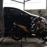 Photo taken at SHM Car wash by Rony D. on 12/29/2014