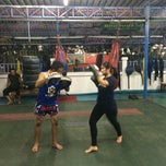 Photo taken at Nikhom Muay Thai Virapol GYM by Piyaporn O. on 4/3/2014