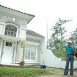 Photo taken at Taman Dayu Golf Club & Resort by Adi P. on 6/28/2014