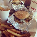 Photo taken at Five Guys by Arthur A. on 8/15/2014
