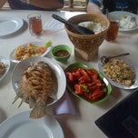 "Photo taken at Gubug Makan ""Mang Engking"" by Adrikni R. on 3/31/2013"