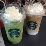 Photo taken at Starbucks by Sathapat R. on 12/8/2012