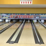 Photo taken at Midtown Bowl by Danny H. on 12/30/2012