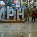 Photo taken at MPH Bookstore by Junsang👸hail on 2/12/2013