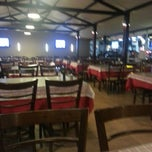 Photo taken at Varanda - Restaurante e Pizzaria by Tassio P. on 7/19/2013