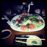 Foto tirada no(a) Maru Sushi por Lucas L. em 2/12/2013
