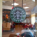 Photo taken at Starbucks by Cesar, Jr. C. on 12/4/2012