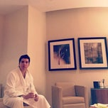 Photo taken at Four Seasons Spa by Mauricio D. on 12/21/2014
