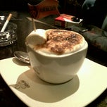 Photo taken at de'EXCELSO by adiskarina o. on 11/19/2012