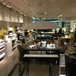 Photo taken at Crate & Barrel by Thomas on 3/14/2013
