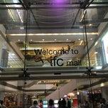 Photo taken at ifc mall 國際金融中心商場 by Hugh W. on 5/15/2013