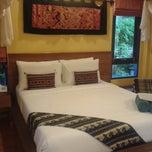 Photo taken at Lawana Resort Koh Samui by สันติธร ย. on 5/30/2013