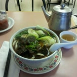 Photo taken at Szechuan Noodle Bowl by Steve on 12/12/2012