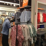 Photo taken at Banana Republic by Ignacio H. on 4/7/2013