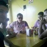 Photo taken at Espetinho do Pinto by Markhus L. on 11/10/2012