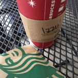 Photo taken at Starbucks by Isabel L. on 12/30/2012
