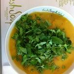 Das Foto wurde bei Fresh Soup & Salad von Niko V. am 9/18/2012 aufgenommen