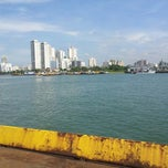 Photo taken at Balsa Guarujá / Santos by Richard W. P. on 4/12/2013