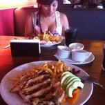 Photo taken at Pardos Chicken by Karina V. on 1/28/2013