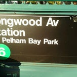 Photo taken at MTA Subway - Longwood Ave (6) by 🔌Malectro 7. on 9/23/2012