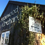Photo taken at Applewood Orchards & Winery by artemisrex on 10/13/2012