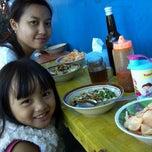 Photo taken at Bubur Ayam Pak H. Amid by Edwin W. on 1/11/2015