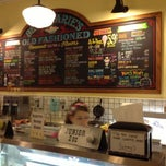 Photo taken at Beth Marie's Old Fashioned Ice Cream & Soda Fountain by Kent B. on 10/12/2012