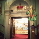 Photo taken at Fortnum & Mason by Rizaldy E. on 5/13/2013