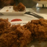 Photo taken at KFC Nowzone by Tây Q. on 9/21/2013