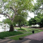 Photo taken at สวนสันติชัยปราการ (Santichai Prakan Park) by Orathai P. on 6/21/2013