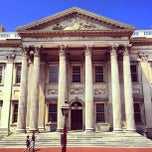 Photo taken at First Bank of the United States by Ming-O-Matic C. on 8/12/2013