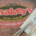 Photo taken at Shakey's by Portia Dimples T. on 3/16/2015