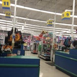 """Photo taken at Toys """"R"""" Us by diddyness on 4/19/2013"""