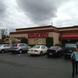 Photo taken at Red Robin Gourmet Burgers by Chad on 3/2/2013