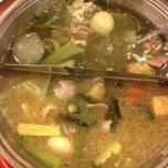 Photo taken at Hot Pot Inter Buffet (ฮอท พอท อินเตอร์ บุฟเฟต์) by ℓoukρℓα♡ on 6/11/2014